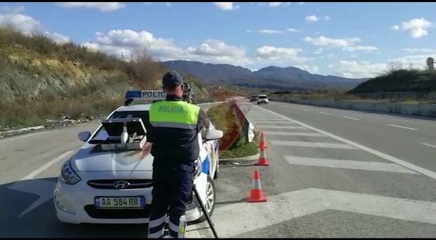 22 shoferë të arrestuar dhe 153 patenta të pezulluara në ditët e para të janarit