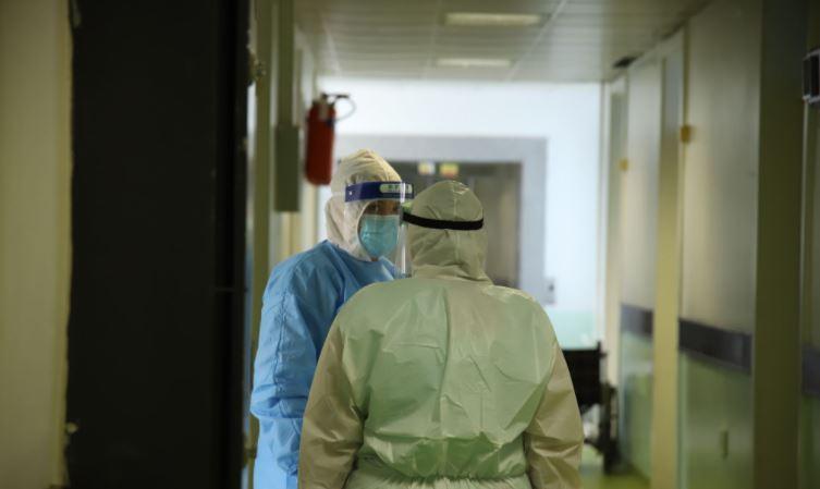 Shënohen 392 raste të reja në Kosovë, 6 pacientë nuk e fitojnë betejën me Covid