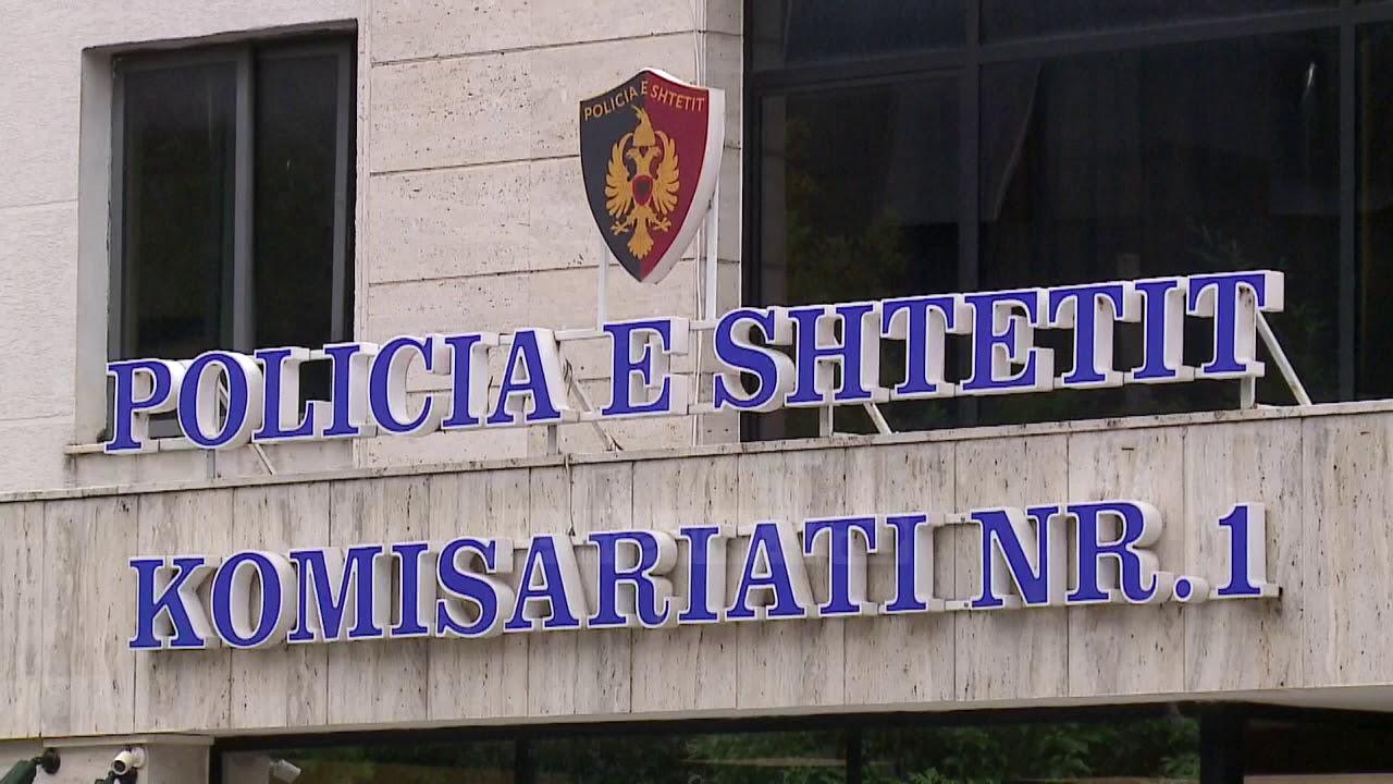 U arrestua dy ditë më parë, 30-vjeçari arratiset nga Komisariati në Tiranë