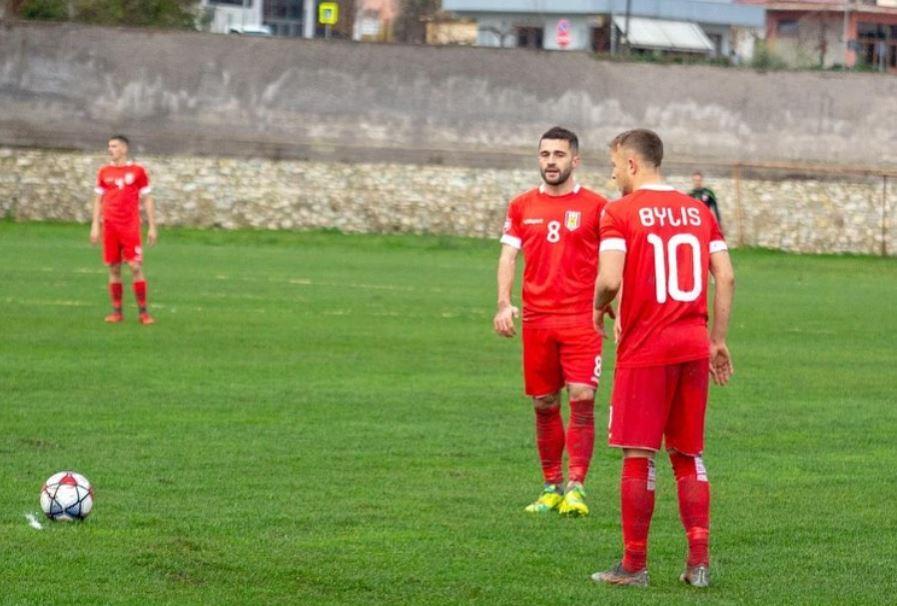 Akuza nga Bylisi: Tiranë, paraqitu! Mos merr fshehurazi lojtarë
