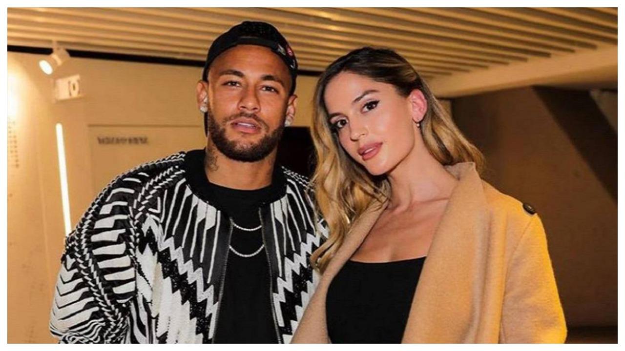 """""""Ngrihen"""" temperaturat në Colorado, ish-e dashura e Neymar provokon me bikini"""