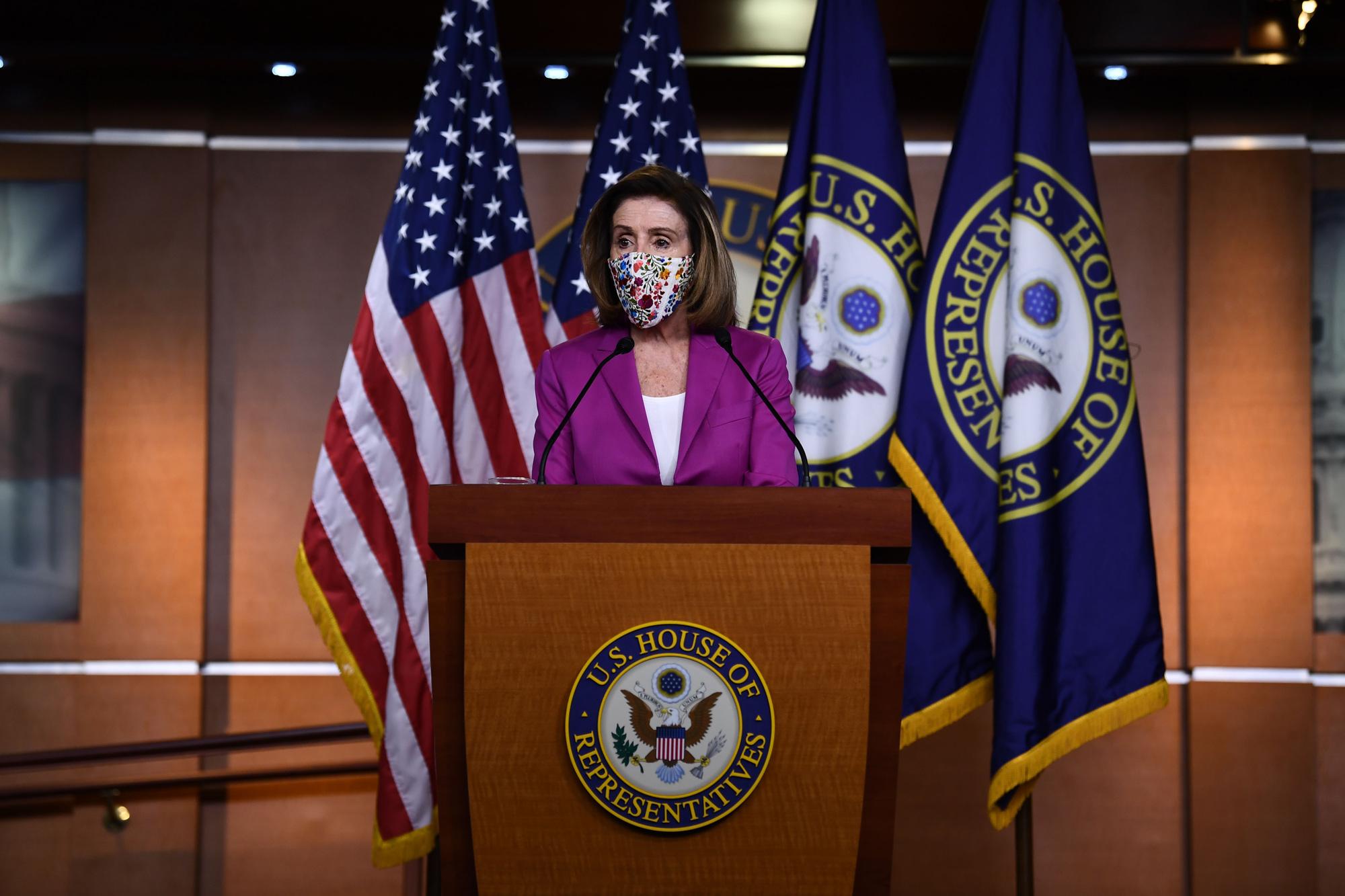 Nancy Pelosi, thirrje për heqjen e menjëhershme të Trump përmes Amendamentit të 25-të