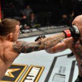 """VIDEO/ Surpriza e madhe, McGregor i dorëzohet """"furisë"""" Dustin Poirier"""