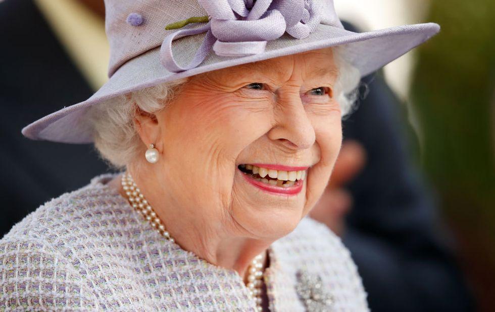 Pasi u vaksinua kundër koronavirusit, mbretëresha ka marrë një vendim