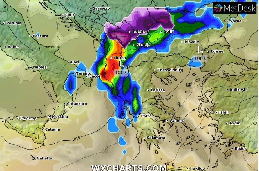 FOTO/ Kulmi në Vlorë, çfarë kapi sateliti për përmbytjet në Shqipëri
