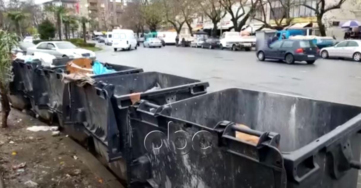Shkodra si Napoli, mbeturinat do të mbeten rrugëve
