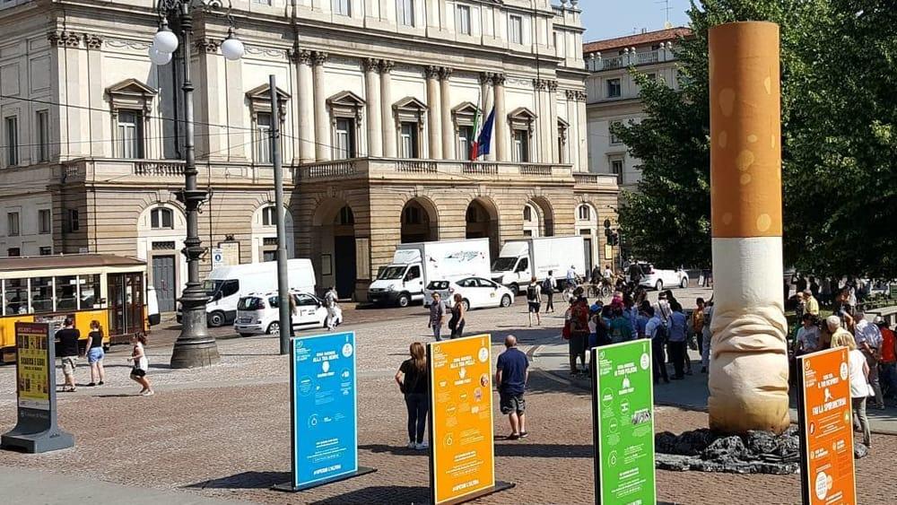 """Milano i thotë """"lamtumirë"""" cigareve në ambient të hapur"""