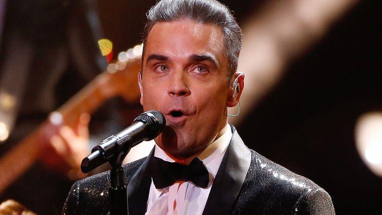 Del pozitiv me Covid-19, Robbie Williams izolohet në Karaibe