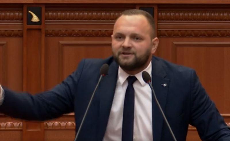 """""""Skandali Meta-Prifti, Gjiknuri, bre*ët e Shukriut dhe Ndrangheta"""", Valteri: Shqiptarët të zgjedhin vlerat"""