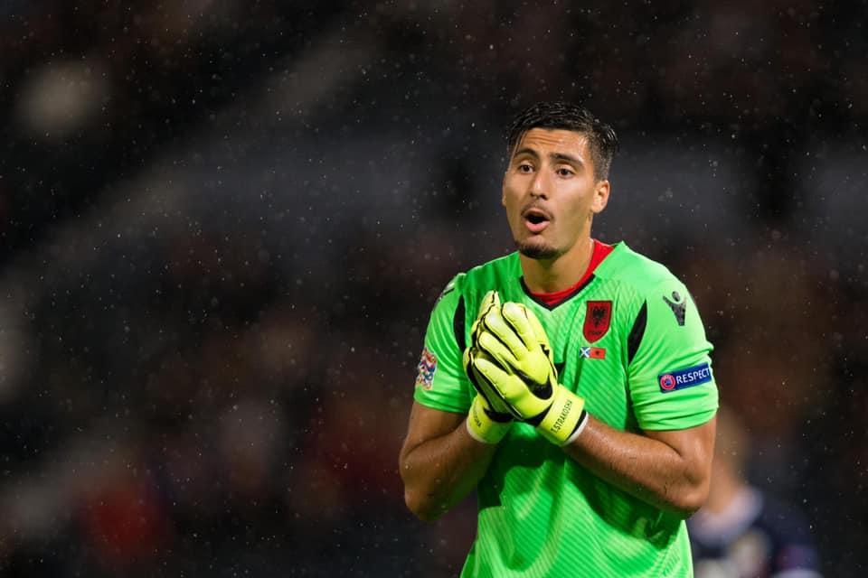 Derbi anglez për Thomas Strakoshën, Southampton ka rival të fortë