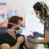 Turqia vaksinoi mbi 700,000 punonjës shëndetësorë në 4 ditë