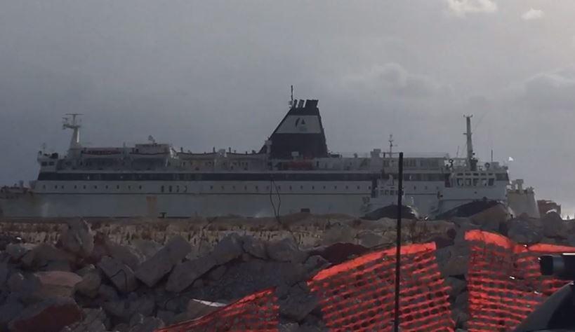 Trageti Brindisi-Vlorë mbërrin me 6 orë vonesë, pasagjerët: Ishte udhëtim i vështirë