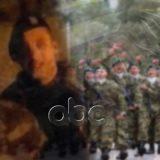"""""""Skuadra gati! Para marsh!"""" Dy shqiptarët venë në rresht ushtarët grekë, tërbim në Greqi"""