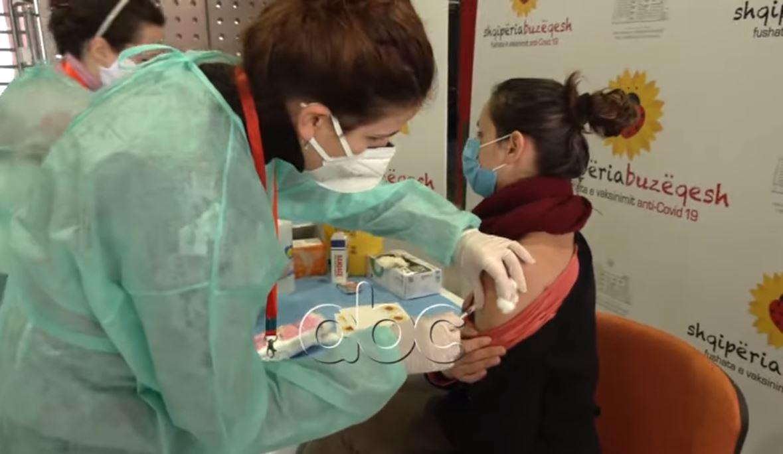 Mbi 155 mijë vaksinime, Manastirliu: Nuk do të ndalemi deri në vaksinimin e qytetari të fundit