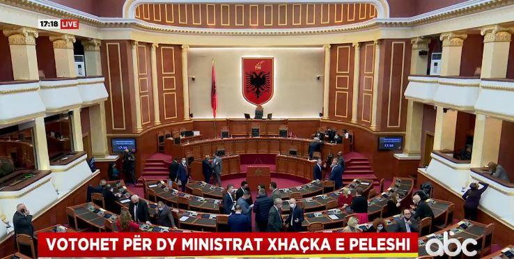 Kuvendi voton dy ministrat e rinj, Xhaçka dhe Peleshi në krye të Diplomacisë dhe Mbrojtjes
