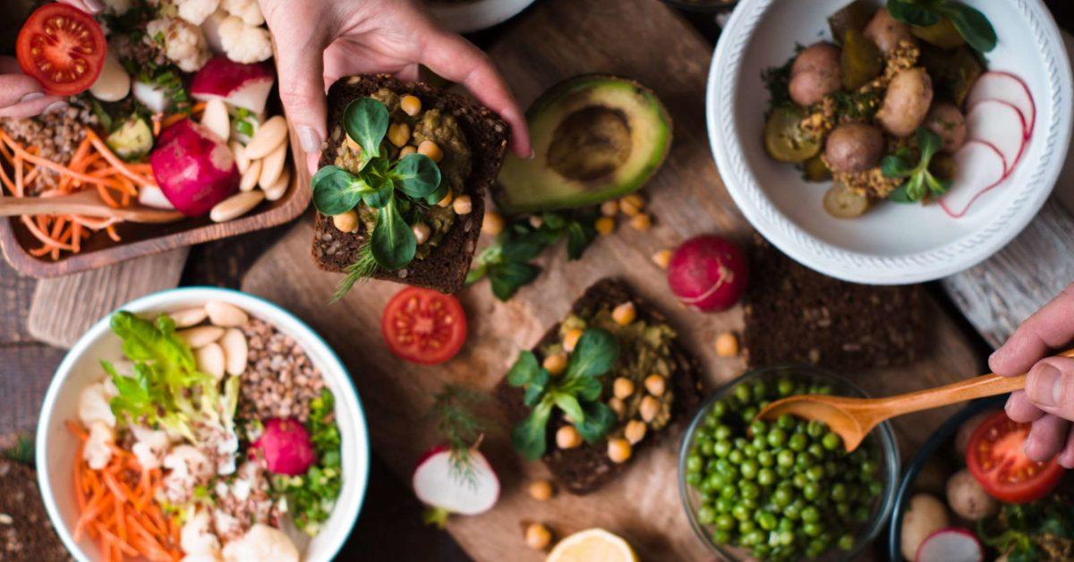 Dietë vegane apo mesdhetare për humbje peshe? Gjithçka që duhet të dini
