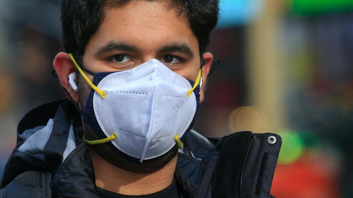 Studimi i CDC: Dy maska janë më të mira se një kundër Covid-19