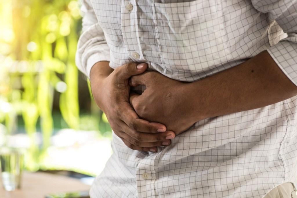 Pesë simptoma të zakonshme të kancerit që ne i anashkalojmë