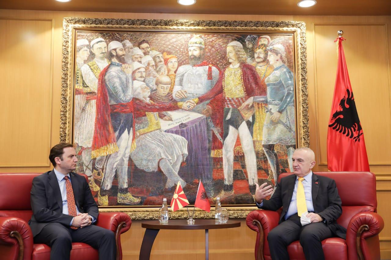 Meta takon ministrin e Jashtëm të RMV: Shqiptarët në qeverisje provë e shtetit multi-etnik
