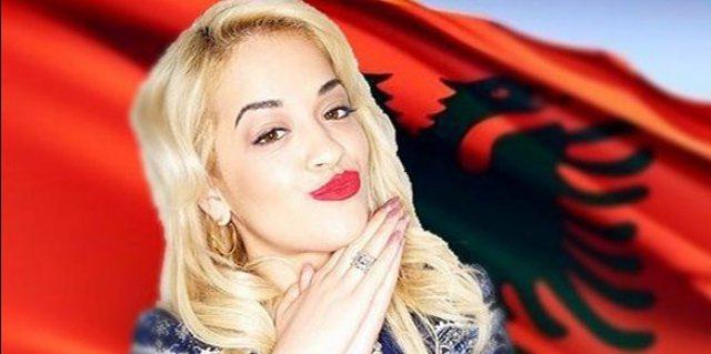 VIDEO/ Pozon me kostum tradicional shqiptar, Rita Ora i bën krenar të gjithë me projektin e ri