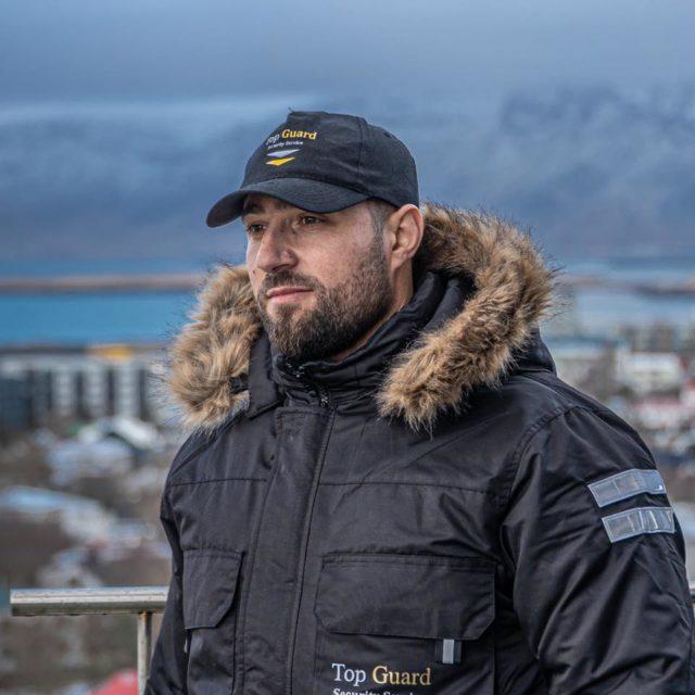 """""""Erdhi kastile"""", vrasësit e shqiptarit para gjykatës, blindohet Reikjaviku, policia: Frika që kemi"""