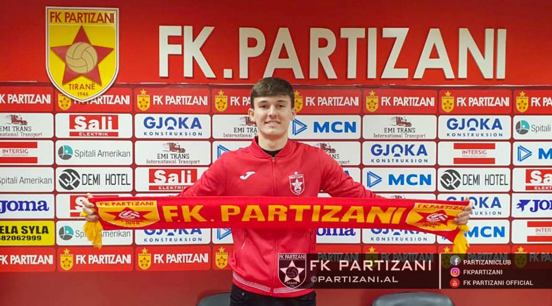 Zyrtare: Kontratë dyvjeçare, Partizani rikthen mbrojtësin e talentuar