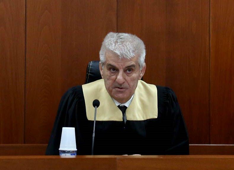 Dorëhiqet një prej gjyqtareve, shtyhet seanca për Luan Dacin