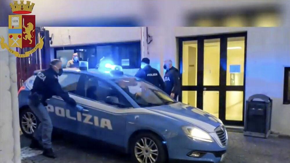 """Shkatërrohet banda e drogës në Itali, arrestohet """"Michael Jackson"""" dhe 3 shqiptarë"""