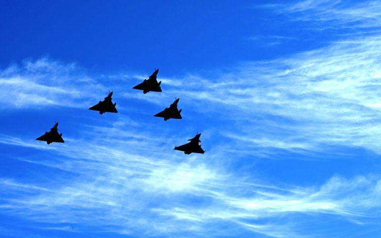 Blindohet Greqia, avionët luftarakë mbi qiellin e Egjeut, një mesazh për Turqinë