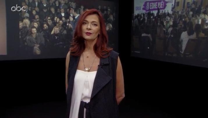 """A ka teatër në Shqipëri? Ema Andrea i thotë gjërat troç në """"Refleksione"""""""