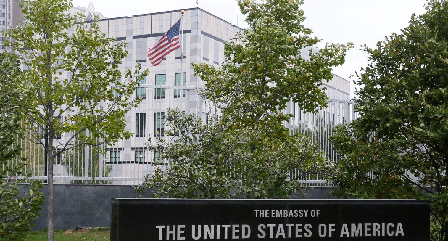 Njerëz me njohje apo eksperiencë; kush duhet të emërohet ambasador amerikan?