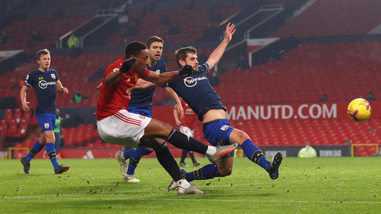 """VIDEO/ United tregohet """"djall"""", shënon nëntë gola kundër Southampton"""