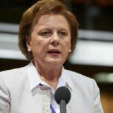 I vdes burri nga COVID-19, ish-deputetja socialiste: Nuk ja doli dot me sëmundjen