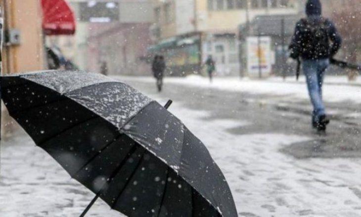 Dita nis me vranësira dhe borë, parashikimi i motit për ditën e sotme