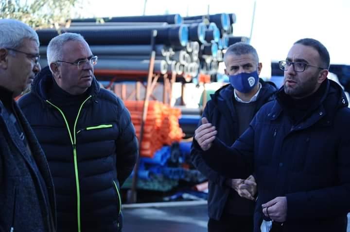 Bardhi takim me sipërmarrësit në Elbasan: Me 25 prill do të çlirohen