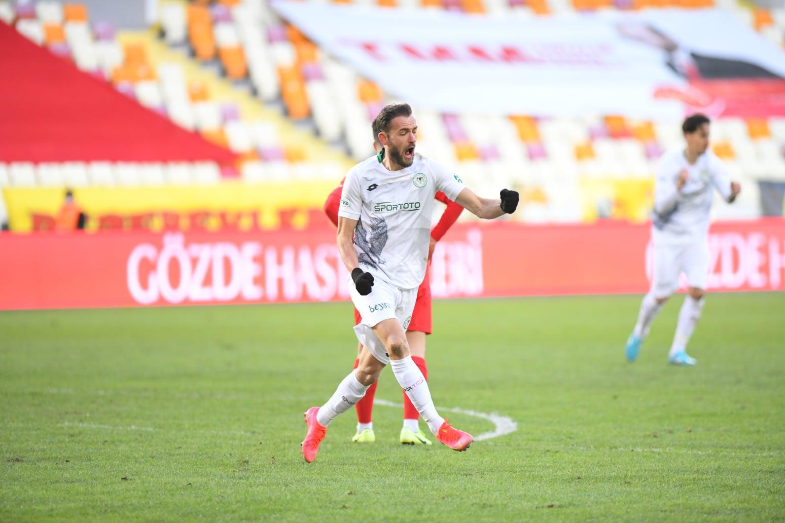 Cikalleshi: S'më ka pushuar telefoni, golat vijnë për një arsye! Kritikat?  Flet fusha - Egnatia News