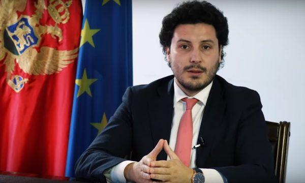 """Abazoviç uron Kosovën për ditën e Pavarësisë, """"tërbohen"""" mediat në Beograd"""