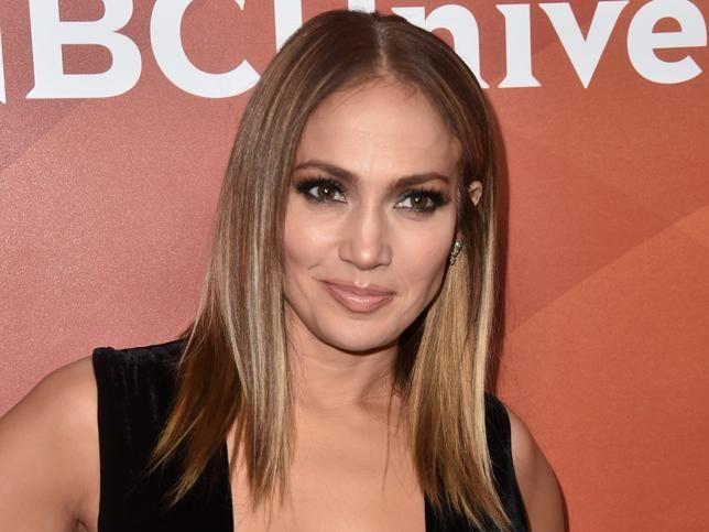Jennifer Lopez zbulon sekretin për një fytyrë të pastër, lidhet drejtpërdrejt me këtë produkt