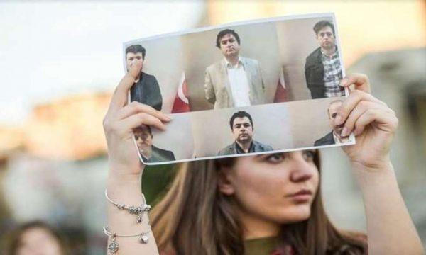 Vihen nën akuzë zyrtarët e Kosovës që ekstraduan mësuesit turq