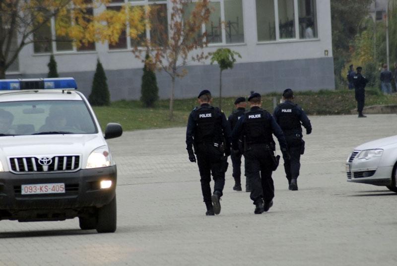 Prokuroria kërkon paraburgimin e 11 personave pas bastisjeve në Kosovë