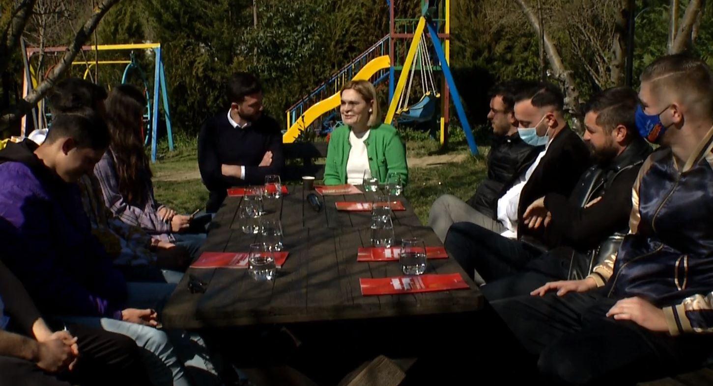 Kryemadhi në Baldushk: Rinia shqiptare meriton më shumë, me 25 prill opozita sjell ndryshimin