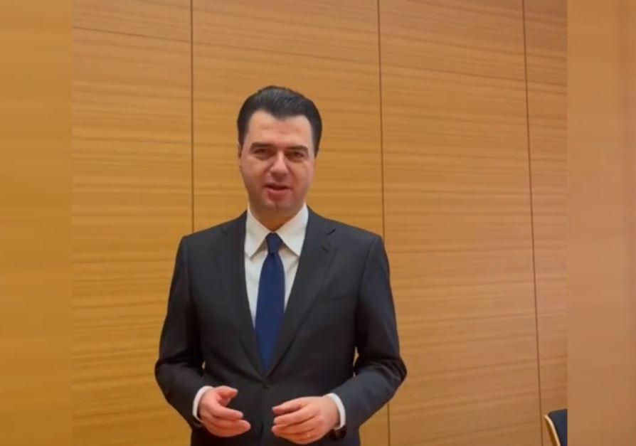 Basha uron Kosovën me video-mesazh për Ditën e Pavarësisë: Nuk do të jeni kurrë vetëm