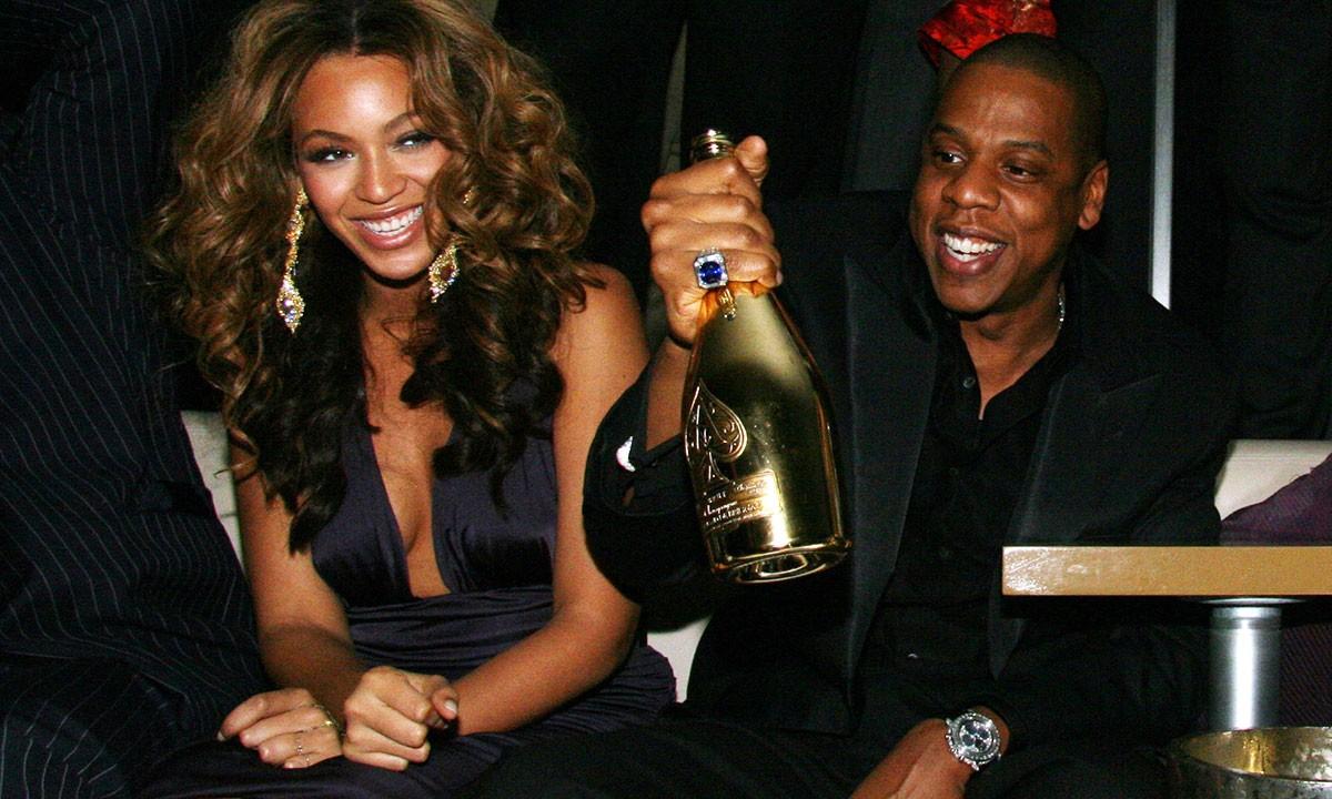 Jay Z merr vendimin e rëndësishëm, shet gjysmën e aksioneve në kompaninë e shampanjës