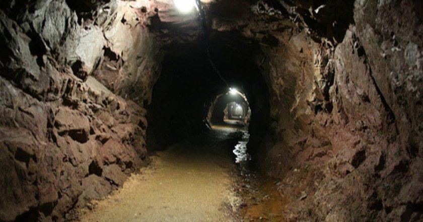 Minatori humbi jetën, arrestohet armatori i minierës në Bulqizë, procedohet brigadieri