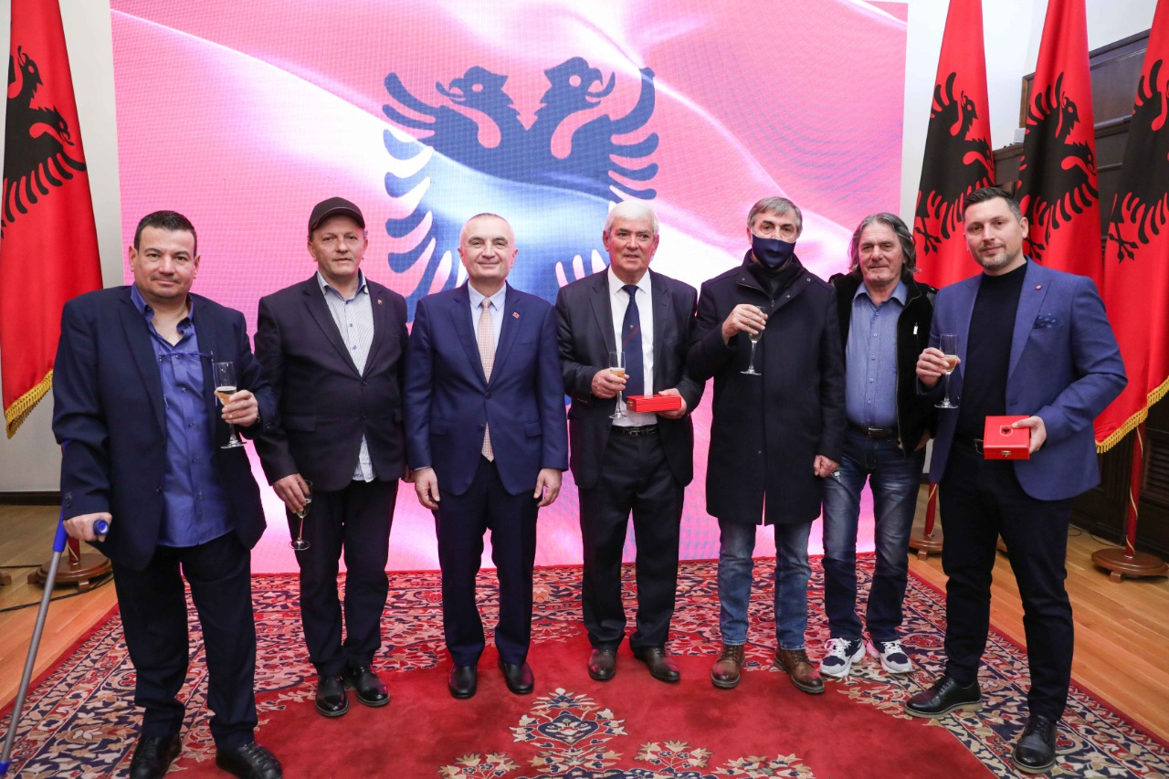 Katër të zgjedhur, presidenti Meta dekoron legjendat e Dinamos