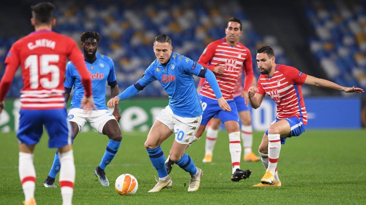 """VIDEO/ Europa League: Napoli """"out"""", Granada e eliminon! Fluturojnë Arsenali dhe Ajaxi"""