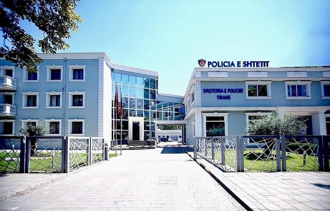 Në pranga për vepra të ndryshme penale, policia jep detajet për arrestimet në Tiranë