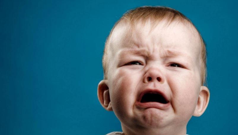 Studimi: Kjo është mënyra më e sigurt për të ndaluar së qari një foshnjë