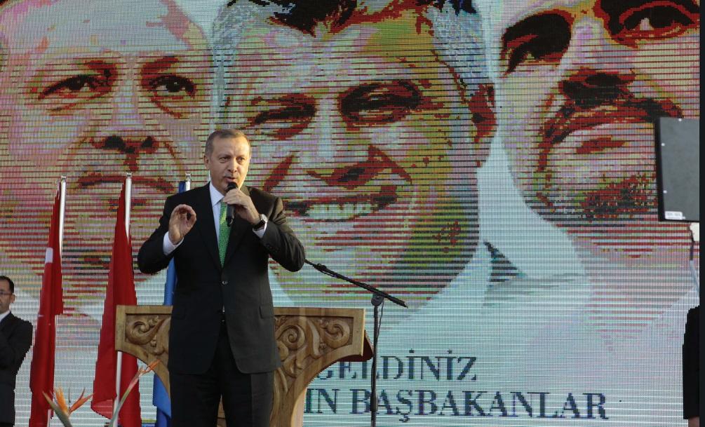 """""""Larg syve, por jo larg duarve"""", Freedom House: Si po i përndjek Erdogani kundërshtarët në Shqipëri dhe Kosovë"""