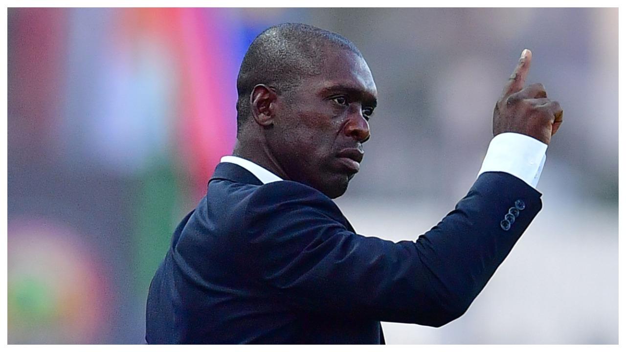 Seedorf nxit debatin e madh: Trajnerëve me ngjyrë nuk u jepen mundësi!